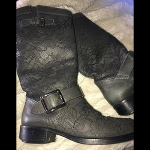 VALENTINO GREY LACE BOOTS SIZE 36